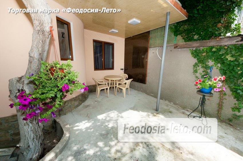 Место для отдыха для отдыхающих на 1 этаже коттеджа в г. Феодосия