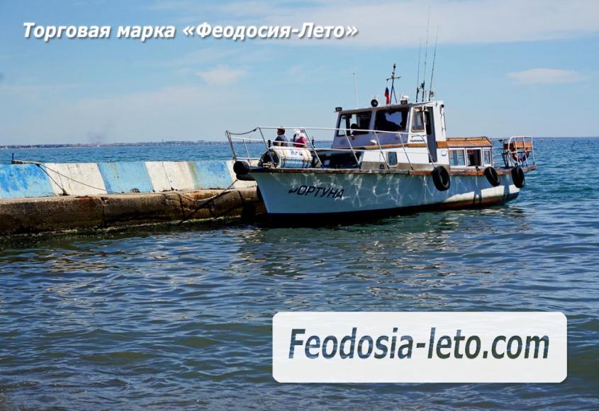 Катер для экскурсий по Феодосийскому заливу