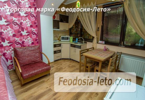 Частная вилла с бассейном на улице Вересаева в Феодосии - фотография № 28