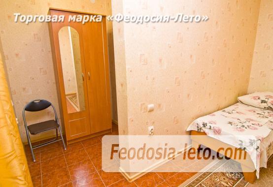 Частный сектор в Феодосии на улице Луначарского - фотография № 5