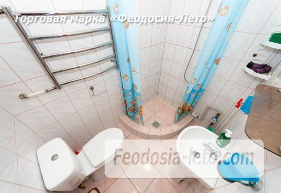 Частный сектор в городе Феодосия, улица Чкалова - фотография № 3