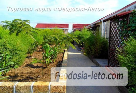 Частный сектор в посёлке Береговом Феодосия, улица Коронелли - фотография № 9