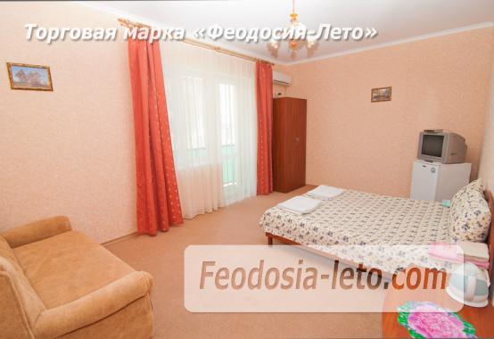 Эллинг в 10 метрах от пляжа на Черноморской набережной в Феодосии - фотография № 11