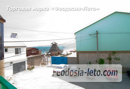 Эллинг в 10 метрах от пляжа на Черноморской набережной в Феодосии - фотография № 2