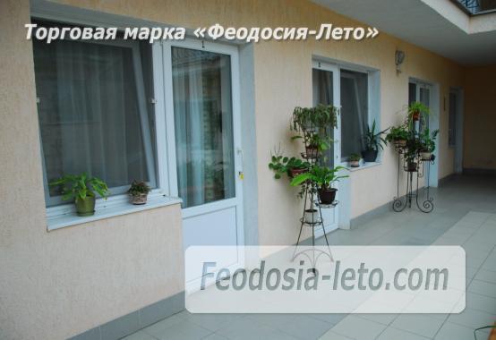 Гостевой дом в г. Феодосия на ул. Листовничей, корпус 1 - фотография № 11