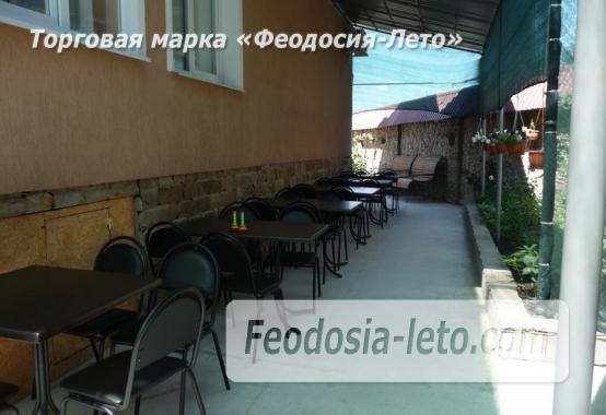 Гостевой дом с детской площадкой у моря на улице Строительная в Феодосии - фотография № 11