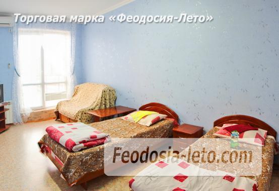 Гостевой дом в Феодосии с недорогим питанием на улице Маяковского - фотография № 2