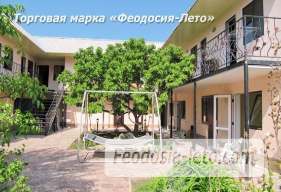 Гостиница с бассейном в Феодосии на улице Дружбы - фотография № 38