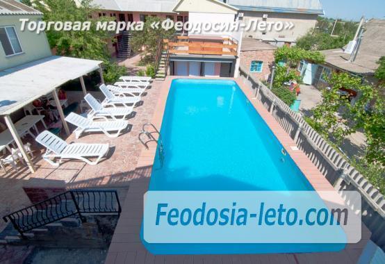 Гостиница с бассейном в Феодосии на улице Дружбы - фотография № 10