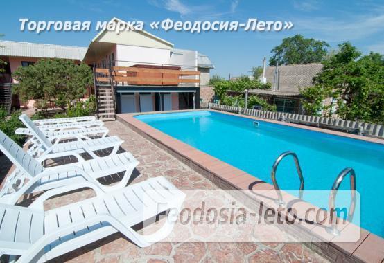 Гостиница с бассейном в Феодосии на улице Дружбы - фотография № 11