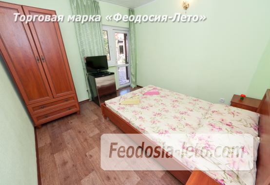 Гостиница с бассейном на улице Дружбы в Феодосии - фотография № 2