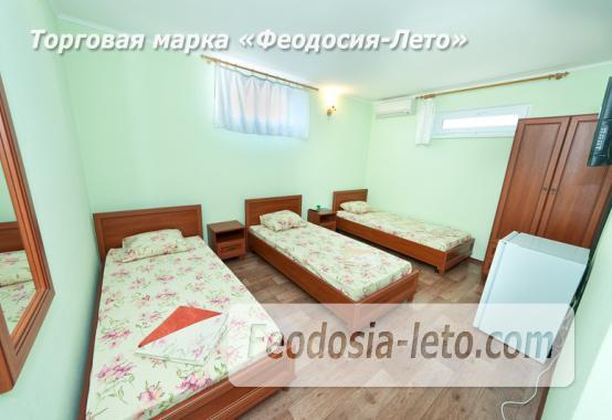 Гостиница с бассейном на улице Дружбы в Феодосии - фотография № 13