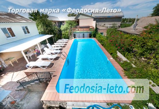 Гостиница с бассейном на улице Дружбы в Феодосии - фотография № 19