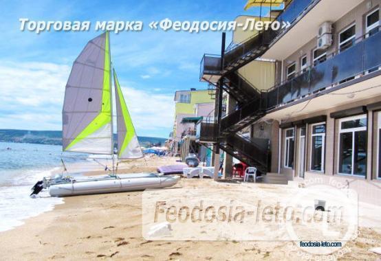 Эллинг в Феодосии на берегу моря, первая линия - фотография № 1
