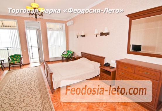 Эллинг в Феодосии на берегу моря, первая линия - фотография № 24