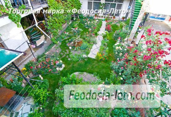 Мини отель в Феодосии с кухней в номерах на улице Гарнаева - фотография № 1