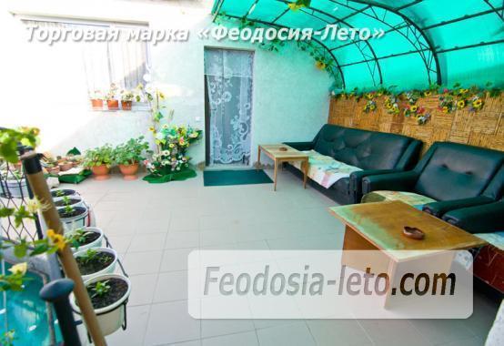 Мини отель в Феодосии с кухней в номерах на улице Гарнаева - фотография № 2