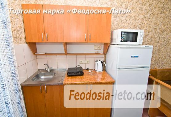 Мини отель в Феодосии с кухней в номерах на улице Гарнаева - фотография № 11