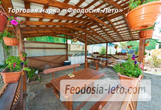 Номера в домиках на Керченском шоссе на Золотом пляже - фотография № 14