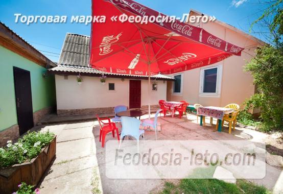 Номера в домиках на Керченском шоссе на Золотом пляже - фотография № 6
