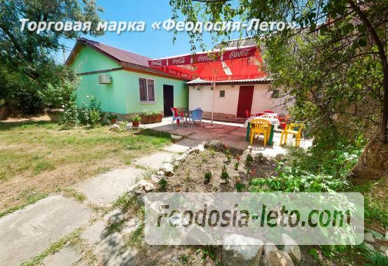 Номера в домиках на Керченском шоссе на Золотом пляже - фотография № 8