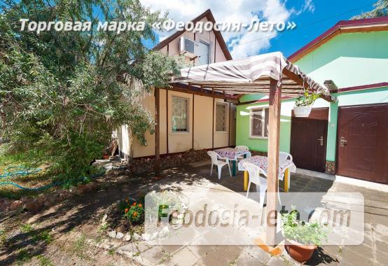 Номера в домиках на Керченском шоссе на Золотом пляже - фотография № 9