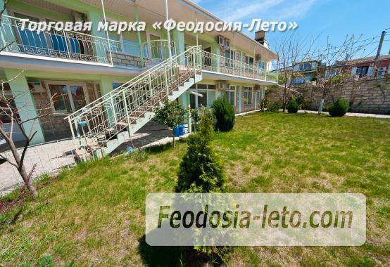 Новый отель в Феодосии на Черноморской набережной в 2-х минутах от моря - фотография № 16