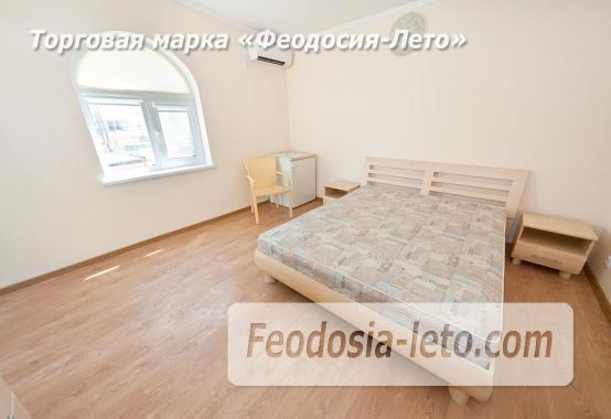 Новый отель в Феодосии на Черноморской набережной в 2-х минутах от моря - фотография № 17