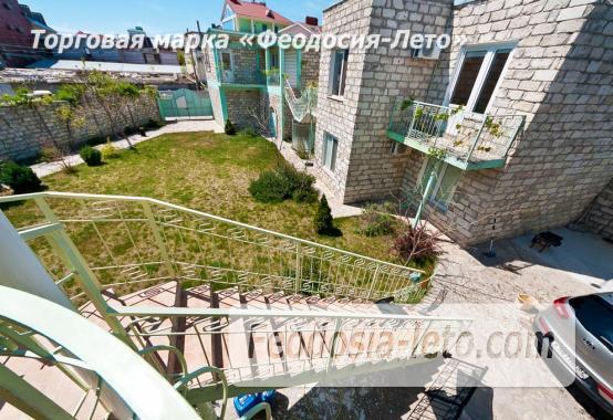 Новый отель в Феодосии на Черноморской набережной в 2-х минутах от моря - фотография № 24