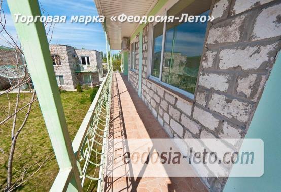 Новый отель в Феодосии на Черноморской набережной в 2-х минутах от моря - фотография № 8