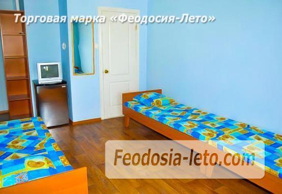 Отель на улице Приозёрнаяв в Береговом - фотография № 4