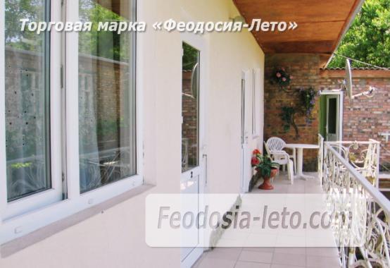 Отель в Феодосии рядом с Комсомольским парком на улице Калинина - фотография № 18