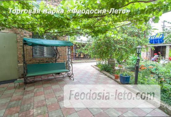Отель в Феодосии рядом с Комсомольским парком на улице Калинина - фотография № 6