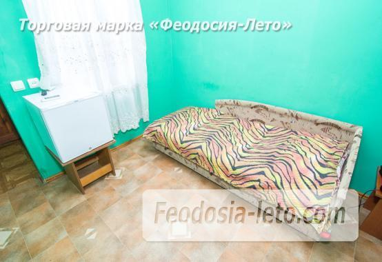 Отель в Феодосии рядом с Комсомольским парком на улице Калинина - фотография № 11