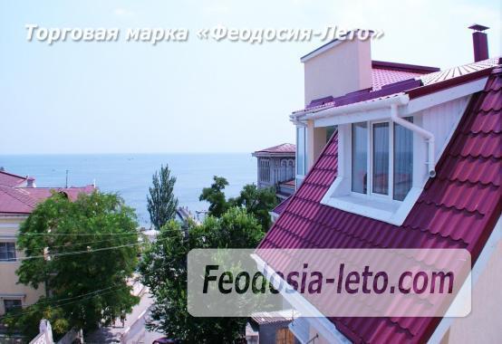 Пансионат с бассейном на набережной Феодосии, улица Революционная - фотография № 3