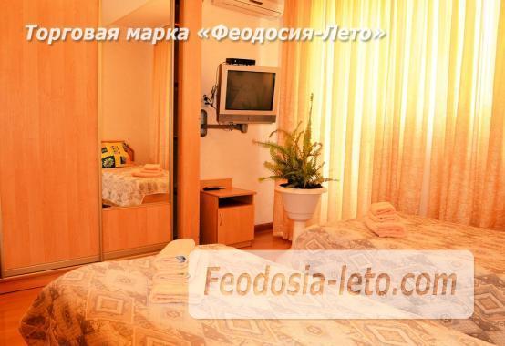 Пансионат с бассейном на набережной Феодосии, улица Революционная - фотография № 15