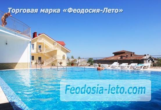 Пансионат с бассейном на набережной Феодосии, улица Революционная - фотография № 44
