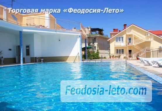 Пансионат с бассейном на набережной Феодосии, улица Революционная - фотография № 10