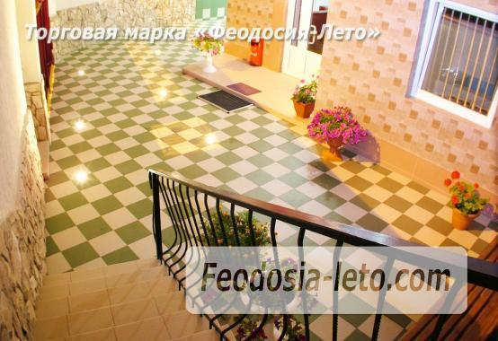 Пансионат с бассейном на набережной Феодосии, улица Революционная - фотография № 11