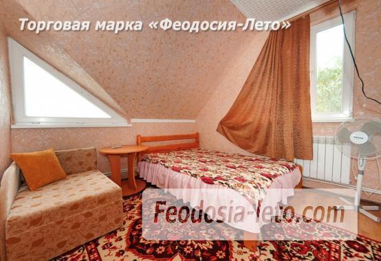 Частный сектор в г. Феодосия, район кинотеатра Украина - фотография № 14