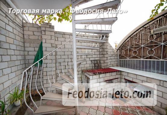 Частный сектор в г. Феодосия, район кинотеатра Украина - фотография № 2