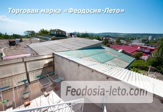 Тихий отель на улице 30 Стрелковой дивизии в Феодосии - фотография № 7