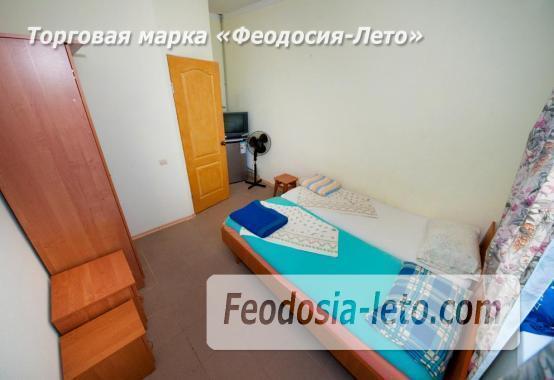 Тихий отель на улице 30 Стрелковой дивизии в Феодосии - фотография № 27