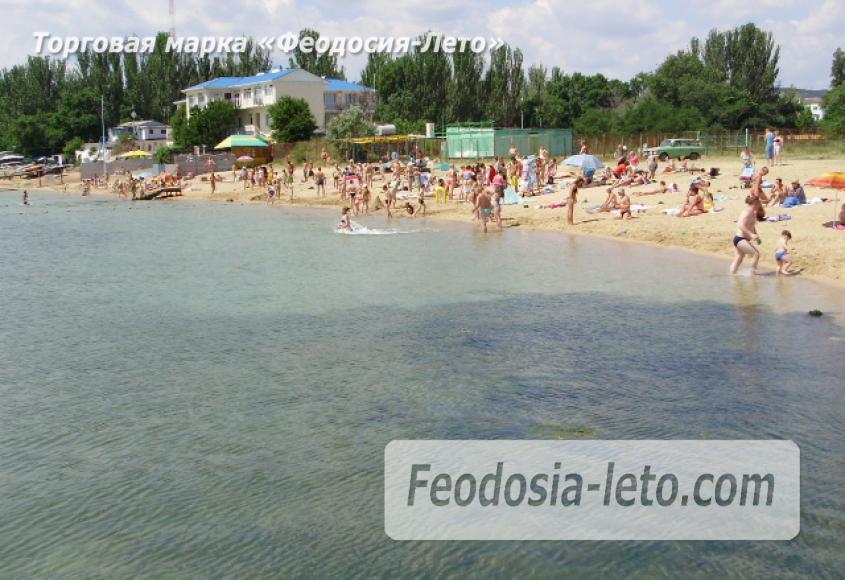 Пляж стадиона Динамо в Феодосии - фотография № 1