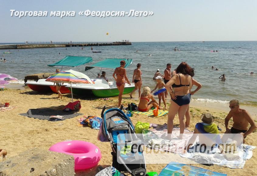 Пляж стадиона Динамо в Феодосии - фотография № 6