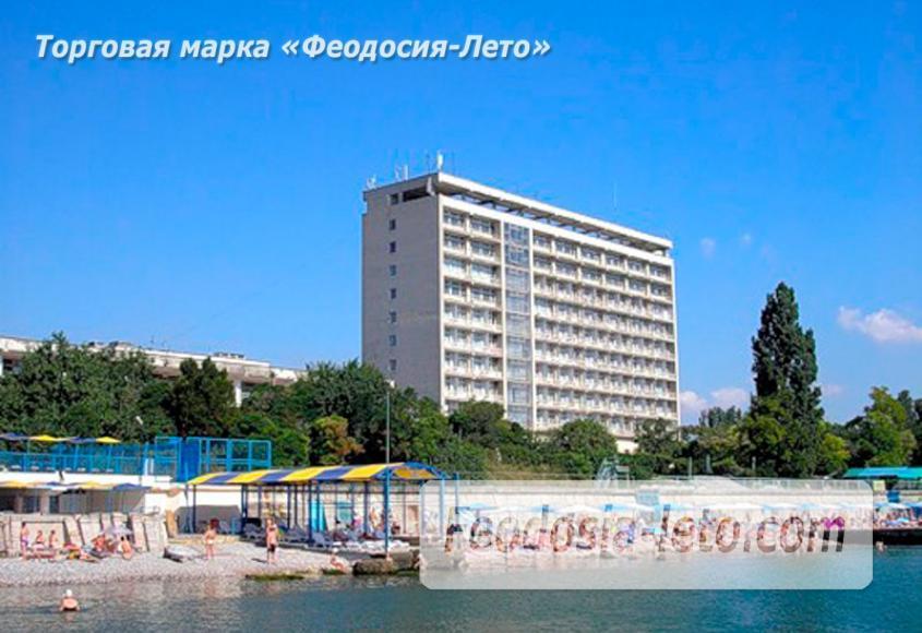 Пляж Министерства обороны в Феодосии - фотография № 1