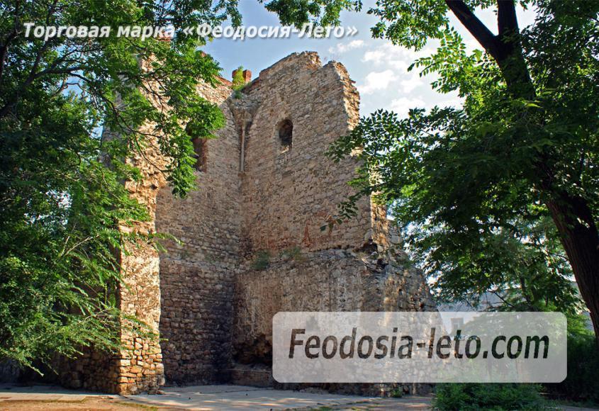 Башня Константина в Феодосии - фотография № 4