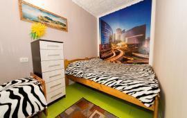 1-комнатная квартира в Феодосии, частный сектор рядом с кинотеатром Украина