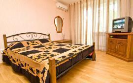 1 комнатная чудесная квартира в Феодосии на улице Крымская, 86