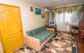 1 комнатная квартира в Феодосии, улица Кирова, 8